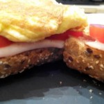 sandwich vegetal con tortilla francesa