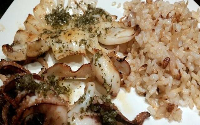Receta de sepia a la plancha con arroz integral